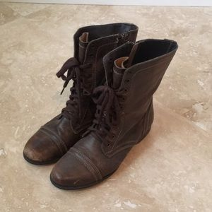 Steve Madden Lace up Brown Boots Size 7.5